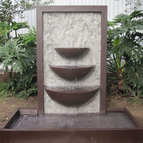 Coreana fuentes de fibra de vidrio meue for Fuentes de pared para jardin