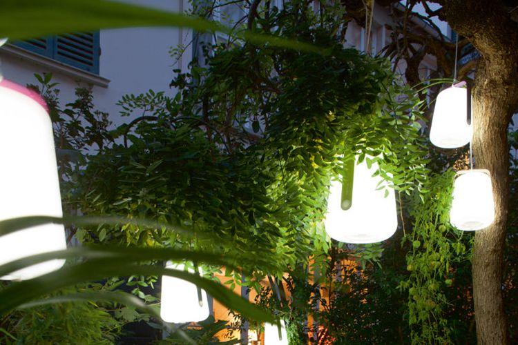 Lamparas de exterior meue for Lamparas decorativas para jardin